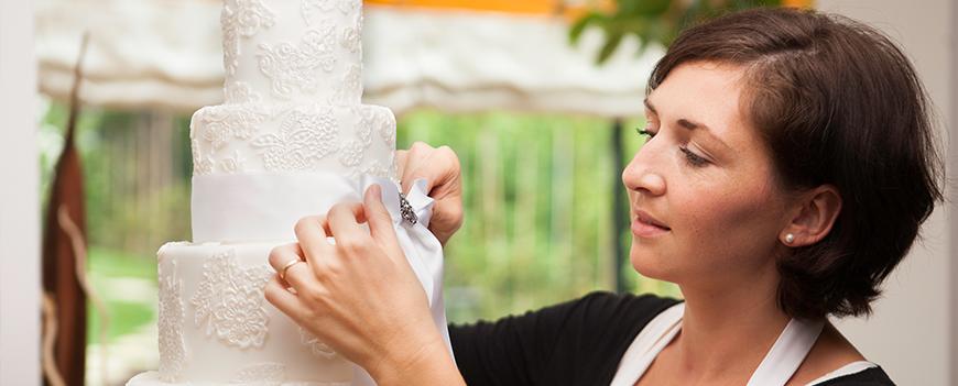 Torten dekorieren kurs in wien for Schaufenster dekorieren lernen